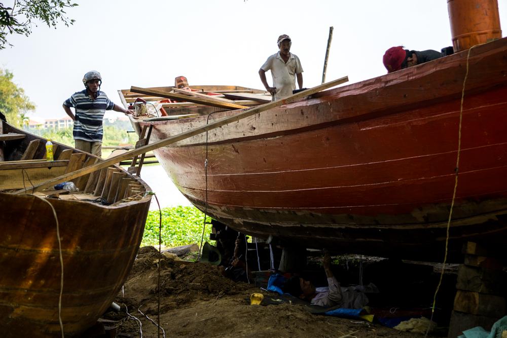 Boat building at Kim Bim island.